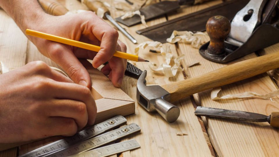 Discover our services in Badia Valley: Carpentry Möbel Clara